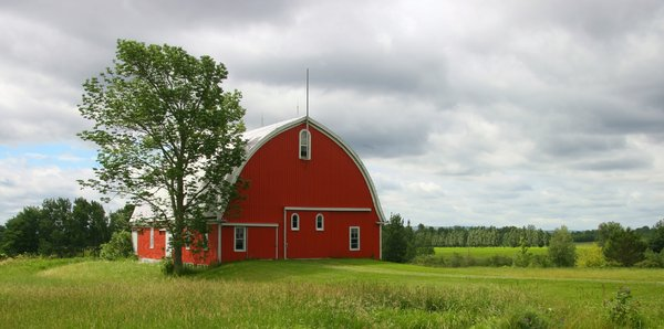 Down home: Barn at the base of the North Mountain snuggled in the fertile Annapolis Valley of Nova Scotia, Canada