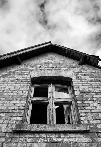 Haunted House 2: High contrast b&w image of a derelict and rather spooky farmhouse.